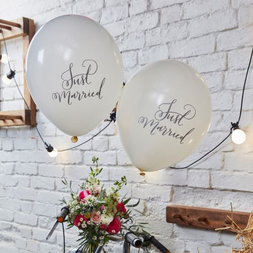 BH-717Balloons-JustMarried