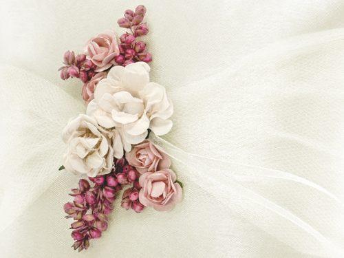 Cuscino portafedi fiori rosa